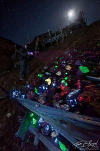 Fluorescent Mineral Fossicking, Darwin Mines, California, moonlight fossicking, rock collector, tailings, scheelite, cal