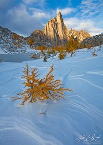 Prusik Peak, Enchantments, Fall Larches and Snow, Cascade, washington