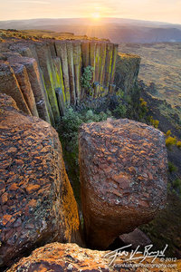 Basalt Columns near Ancient Lakes, Potholes Coulee, Eastern Washington, scablands