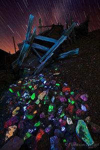 Fluorescent Minerals, Darwin Mines, California, fluorescent treasures, scheelite, fluorite