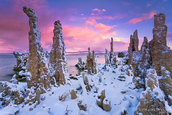 Mono Lake in Snow, Owens Valley, California, alien, winter, photo