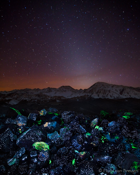 Zodiacal Light and Fluorescent Minerals, Owens Valley, California, tungsten hills, bishop, tailings, whitecap mine, sche, photo