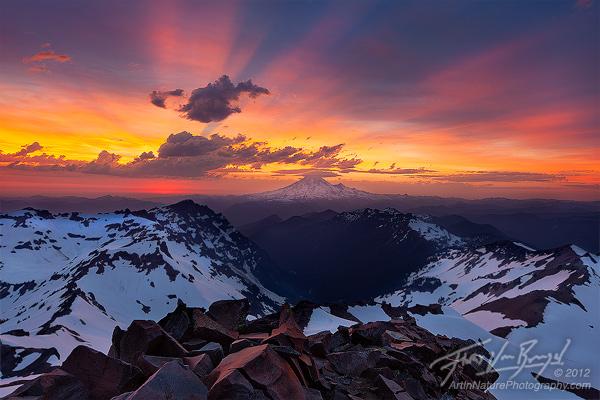 Mount Rainier from Old Snowy, Goat Rocks Wilderness, Washington