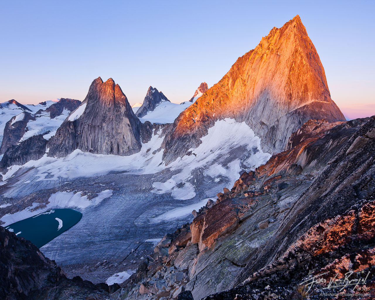Bugaboo Spires, British Columbia, Sunrise, photo