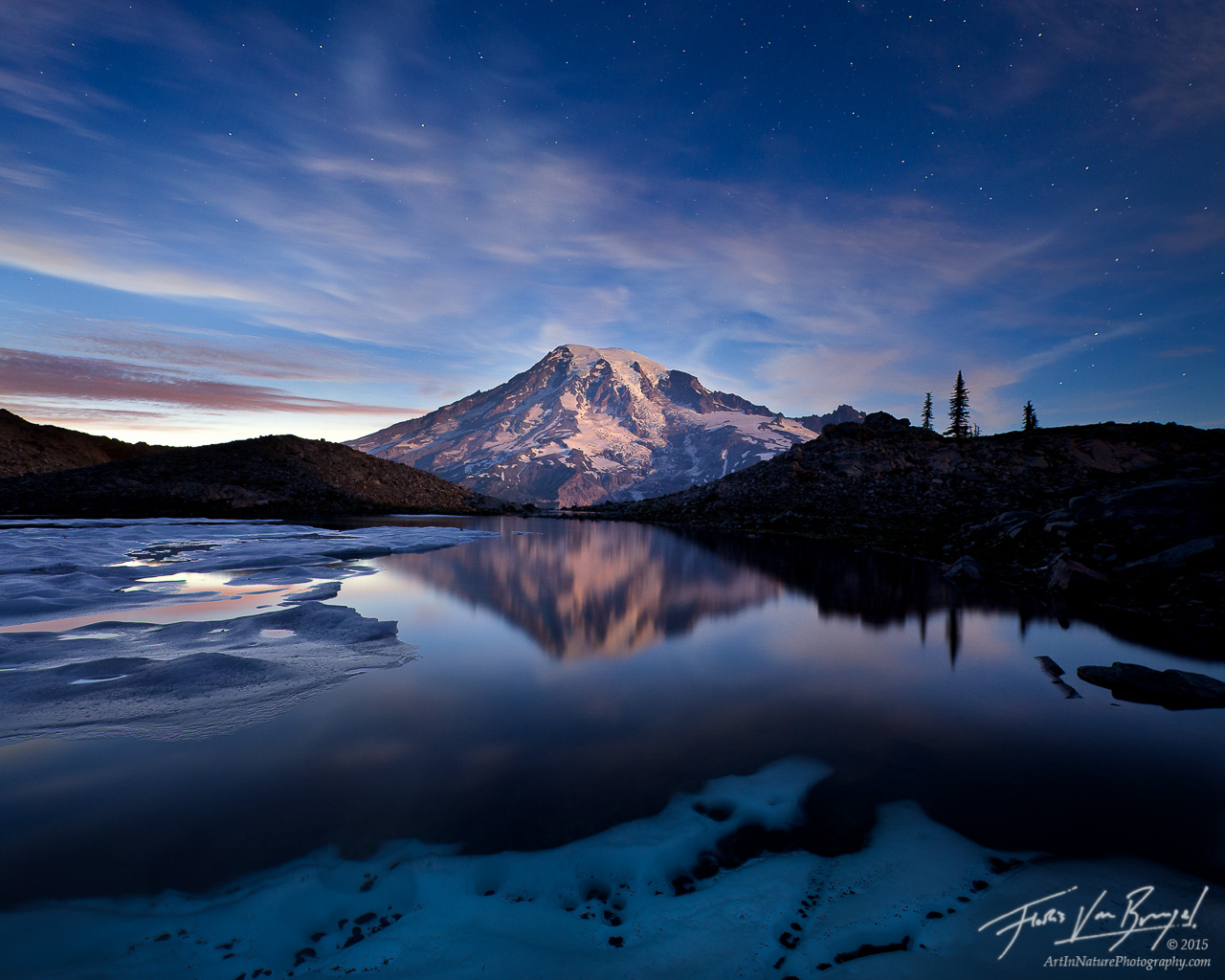 Moonrise on Rainier, Alpen Glow, Climb, photo