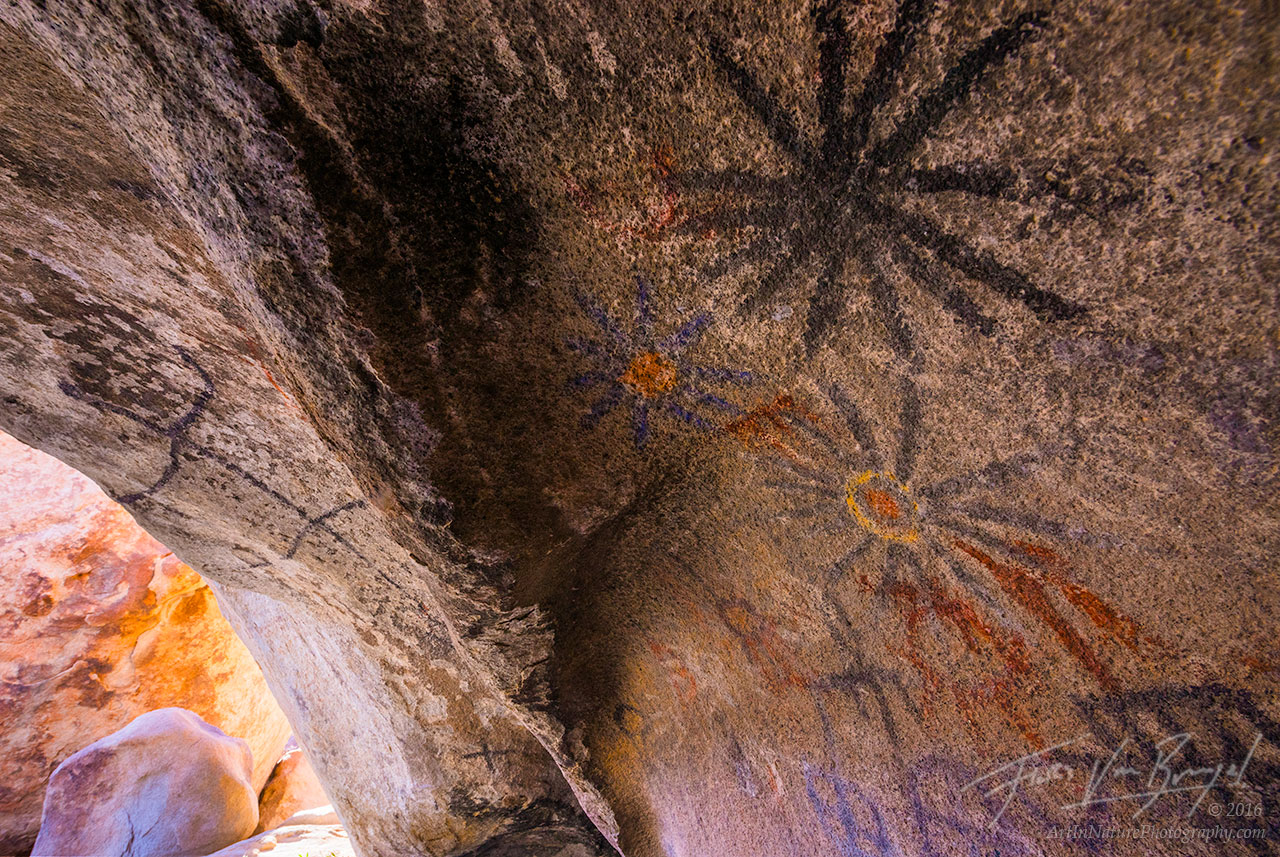 Petroglyphs, Anza-Borrego State Park, California, photo