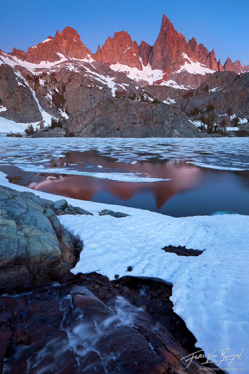 Minarets in Sierra Nevada, Ansel Adams Wilderness, California, frozen, minaret lake, photo