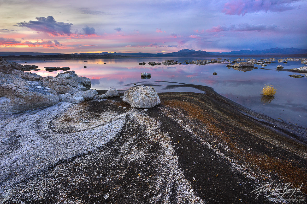 Salt Flats, Mono Lake, California, photo