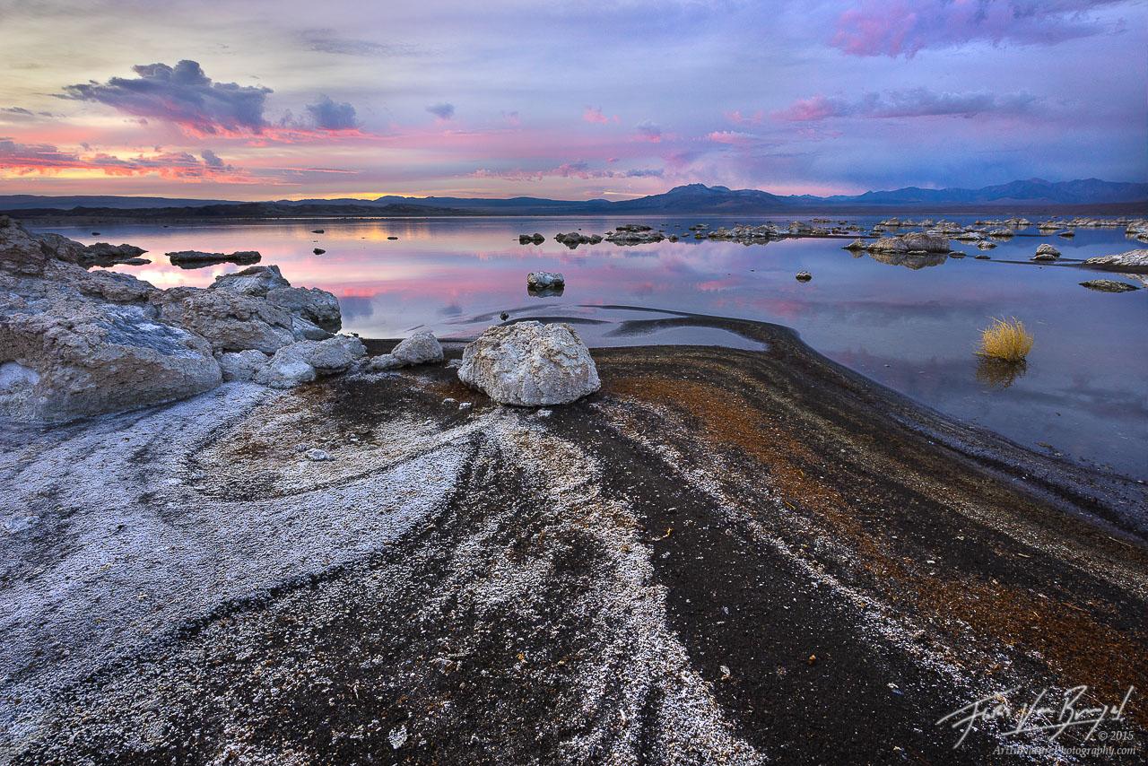 Salt Flats, Mono Lake, California, photo