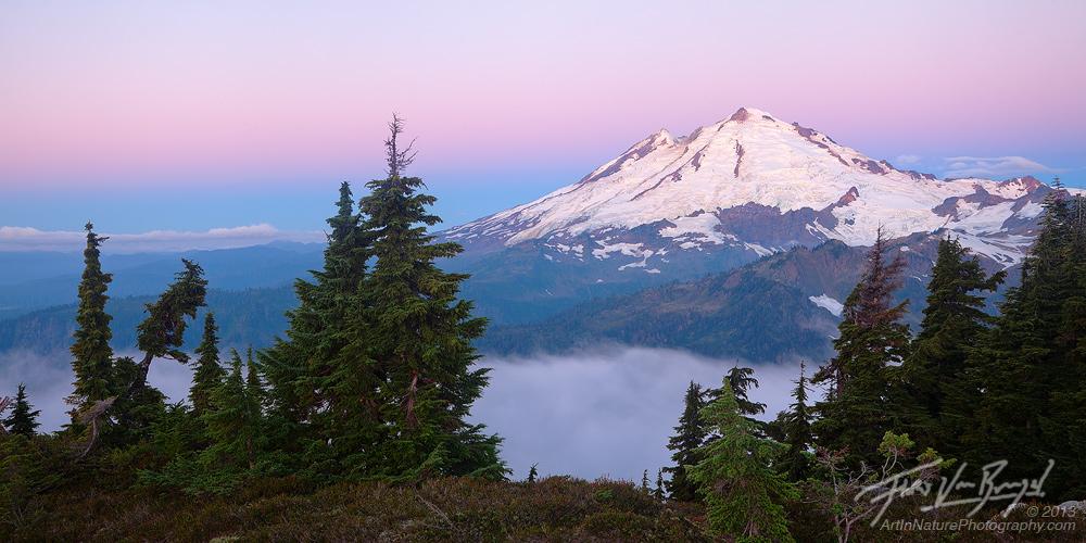 Mt Baker, North Cascades, Washington, photo