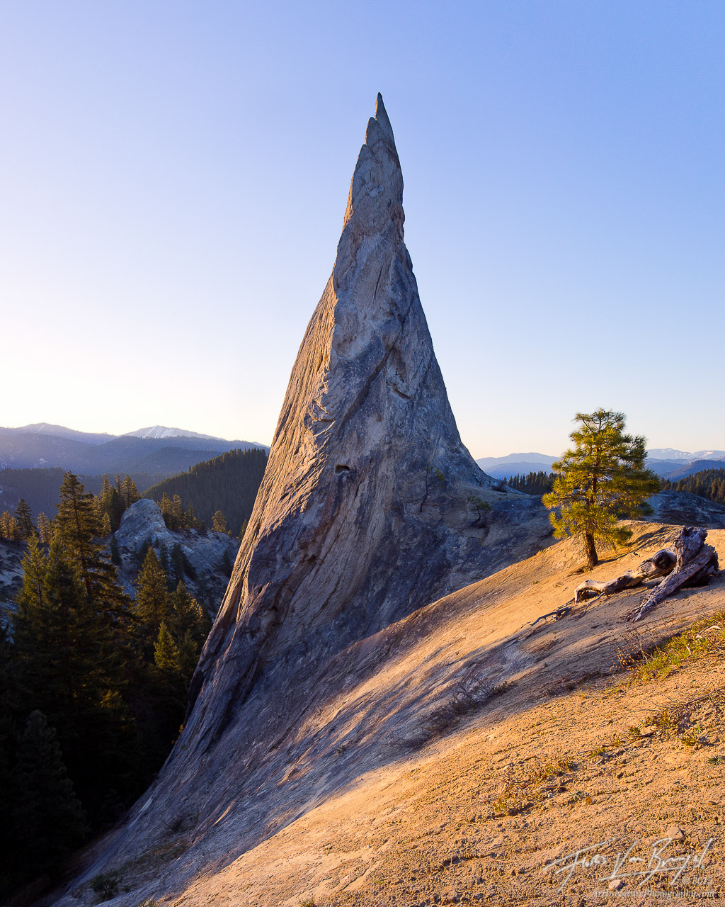 Rocky Spire, Cascades, Washington, photo