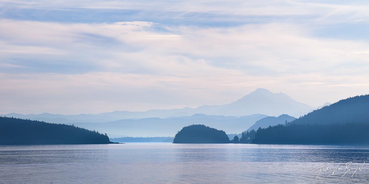 Mount Baker and San Juan Islands, Lopez Island, Washington, photo