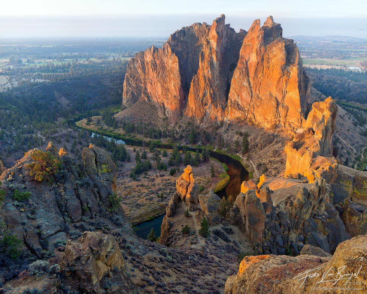 Smith Rock at Sunrise, Eastern Oregon, photo